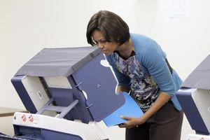 Michelle Obama voting_AP_Oct 13_2010