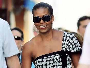 Michelle_obama_smiles