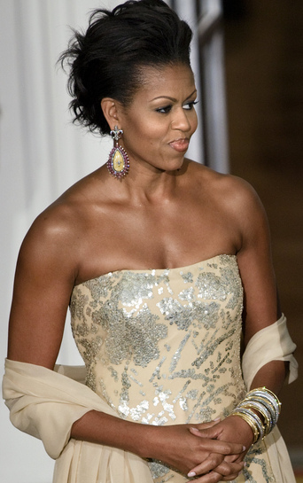 Michelle-Obama-in-Gown-at-her-first-state-dinner