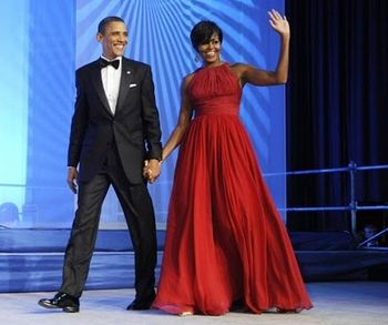 Michelle-Obama-in-stunning-red-dress