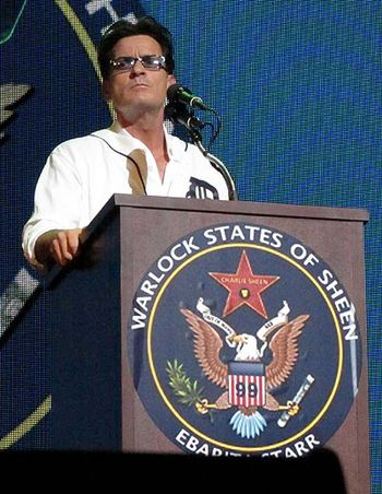 Charlie-sheen-not-winning-as-stage-show-premiere-fails-in-detroit-video-pics