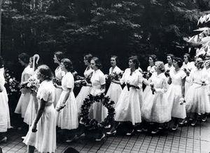 Miss-porters-school-0907-04