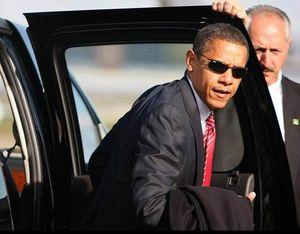 Obama-Sunglasses-exiting-limo1