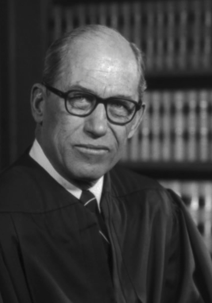 US_Supreme_Court_Justice_Byron_White_-_1976_official_portrait