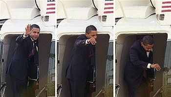 131-obama-hits-head-on-helicopter