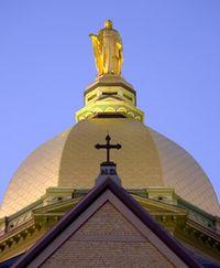 Notre_Dame_Golden_Dome1