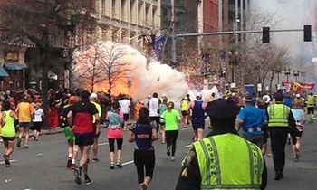 Explosion-at-Boston-marat-011